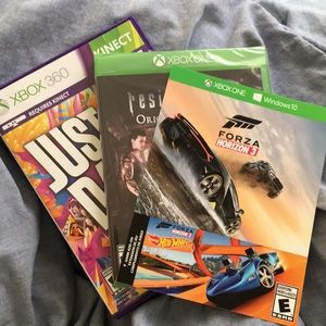 beb9502ff03 Other - Xbox 360 and Xbox One Game Bundle